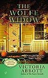 The Wolfe Widow, Victoria Abbott, 0425255301