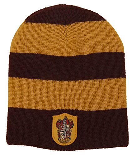 7d4ae869475 Amazon.com  elope Harry Potter Gryffindor Knit Beanie Hat for Women   Clothing