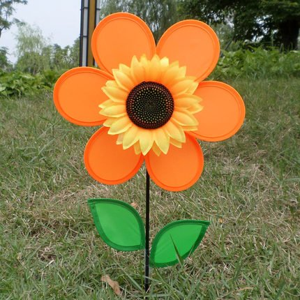 Wings® Sunflower Spinner with Leaves in the Garden,12-Inch (orange)