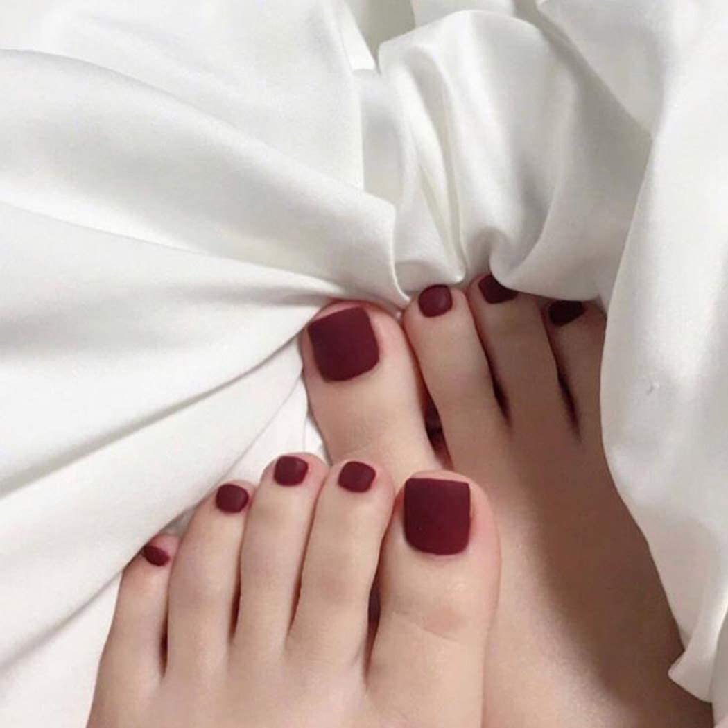 feet and nails