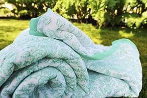 Decorative Handmade Unique Aqua Quilt Comforter (Full/queen)