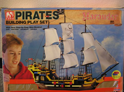 Pirates Marauder Building Play Set]()