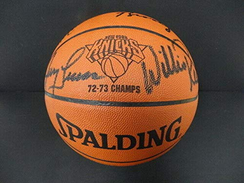 1973 New York Knicks Team -Autographed Signed Memorabilia Official NBA Basketball Autograph Auto Steiner - Certified Authentic ()