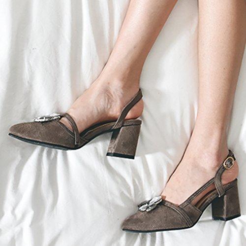 AIYOUMEI Damen Spitz Wildleder Slingback Blockabsatz Pumps mit Strass und Schnalle Elegant Sommer Sandalen Schuhe Brown