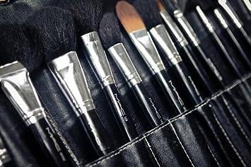 Amazon.com: MAC Professional 32 Pieces All Numbered Makeup Brush Set: Beauty