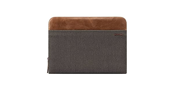 "Black Incase Pathway Folio for 15/"" MacBook Pro CL60322"