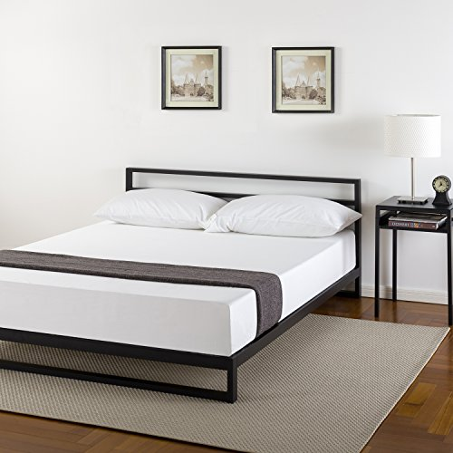 Zinus Trisha 7 Inch Platforma Bed Frame with Headboard / Mattress Foundation / Box Spring Optional / Wood Slat Support, Queen ()