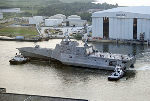the-littoral-combat-ship-independence-lcs-2-prepares-for-builders-trials-from-the-austal-usa-ship