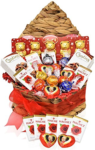 LINDT-Valentine-Day-Chocolate-Variety-Basket-in-Heart-Shaped-Pack