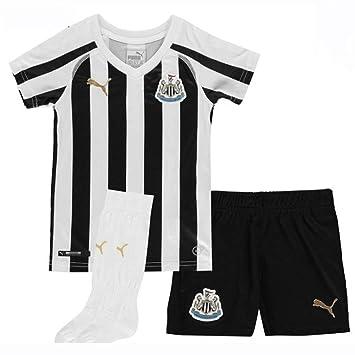 Puma Newcastle United Home 2018 19 Football Mini Kit-5-6 Years ... 4b29f95e3