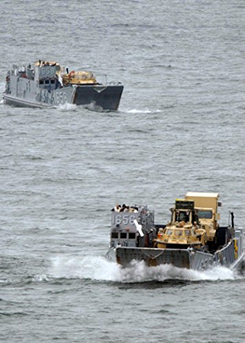 Naval Amphibious Base Little Creek (Landing craft from Assault Craft Unit (ACU) 2, based at Naval Amphibious Base Little Creek, Va., pr)