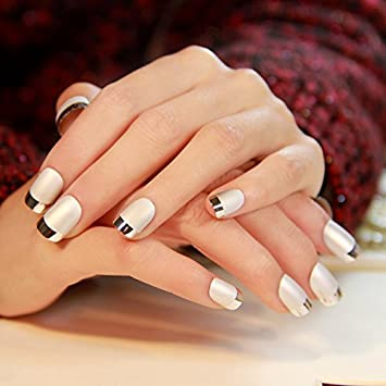 Fake Nails False Nail Design Pretty Nail Designs Matte White with Silver Fake Nails
