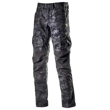 57b7d6b425717 Diadora Utility Lavoro Camouflage 173172  Amazon.it  Abbigliamento