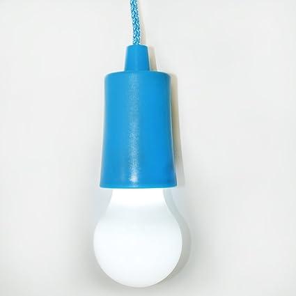 Bombilla de LED con baterias para colgar. Color azul. Funciona a pilas (incluidas