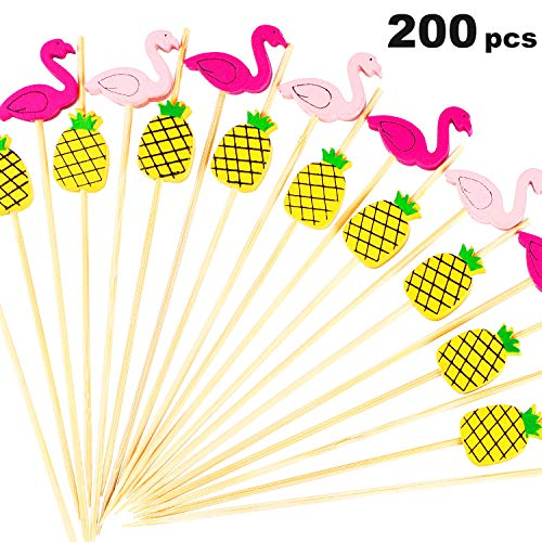200 Pieces Cocktail Picks 4.7 inch Bamboo Toothpicks Summer Party Picks Decoration for Appetizer Drink Martini Food Supplies (Pineapple and Flamingo)