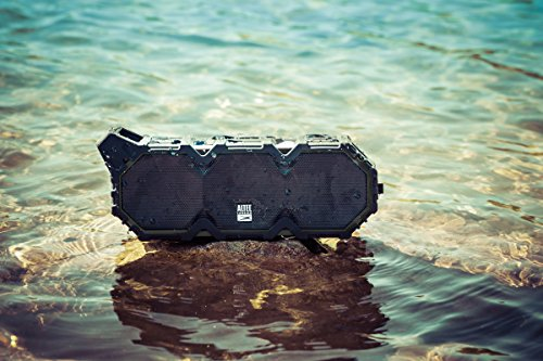 Altec Lansing IMW789-BLG LifeJacket XL Wireless Waterproof Floatable Bluetooth Speaker with 100 ft Wireless range, 40 Hours of Battery Life, and Stereo Pairing, Black/Grey by Altec Lansing (Image #2)