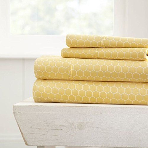 Simply Soft 4 Piece Sheet Set Honeycomb Patterned, King, Yellow