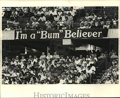 Historic Images - 1981 Vintage Press Photo New Orleans Saints- Fans crowd stadium with banners and signs. ()