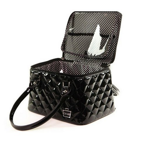 caboodles-heart-throb-long-tapered-tote-black-diamond-112-pound