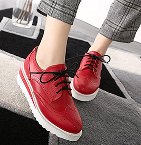 Idifu Femmes Casual Mi-talon Talons Plate-forme Basse Top Lace Up Sneakers Rouge