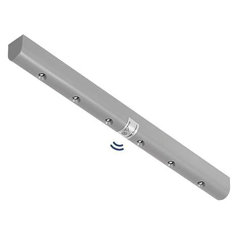 Maclean Energy MCE123 - Regleta LED Iluminación de armarios con detector de movimiento, para mueble
