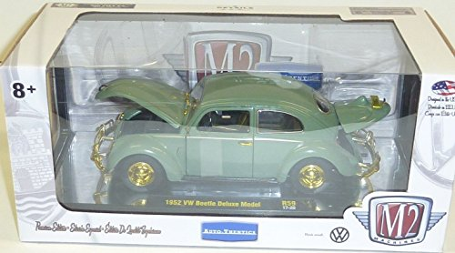 M2 Machines 1:24 Scale Auto-Thentics Limited Edition Chase 500 Made - 1952 VW Beetle Deluxe