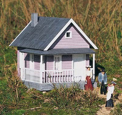 PIKO G SCALE MODEL TRAIN BUILDINGS - UNCLE SAM'S FARMHOUSE - 62226 (House Farm Model)