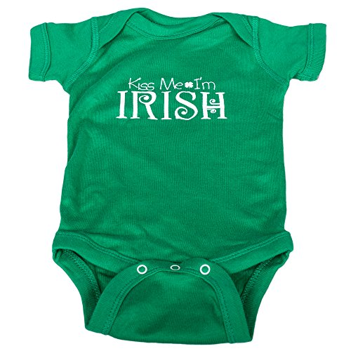 Fighting Irish Clothes (Green Kiss Me I am Irish All Cotton Button Snap Infant Onesie Size New Born)