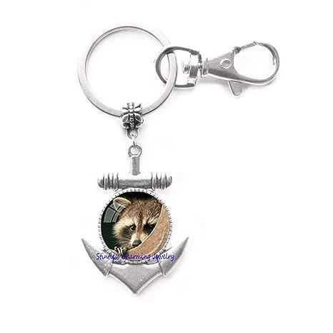Amazon.com: Llavero con anclaje de Raccoon para amantes de ...