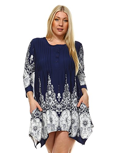 White Mark Dulce Pailsey Damask Printed Tunic Top in Navy - 1XL from White Mark