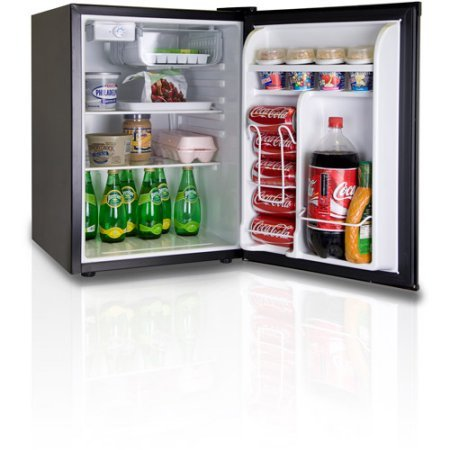 Igloo 2.6-cu ft Refrigerator, Features Invisible Door Handle, Compressor Cooling Guaranteed Low Energy Consumption, Perfect for dorm room, game room, office Black