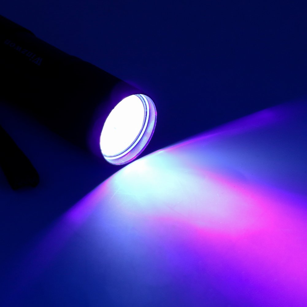 Luz negra 395nm Winzwon Linterna UV Flashlight 9 LED UV Lampara Ultravioleta Detectar manchas de orina de mascotas Linterna Ultravioleta 3 pilas AAA incluidas