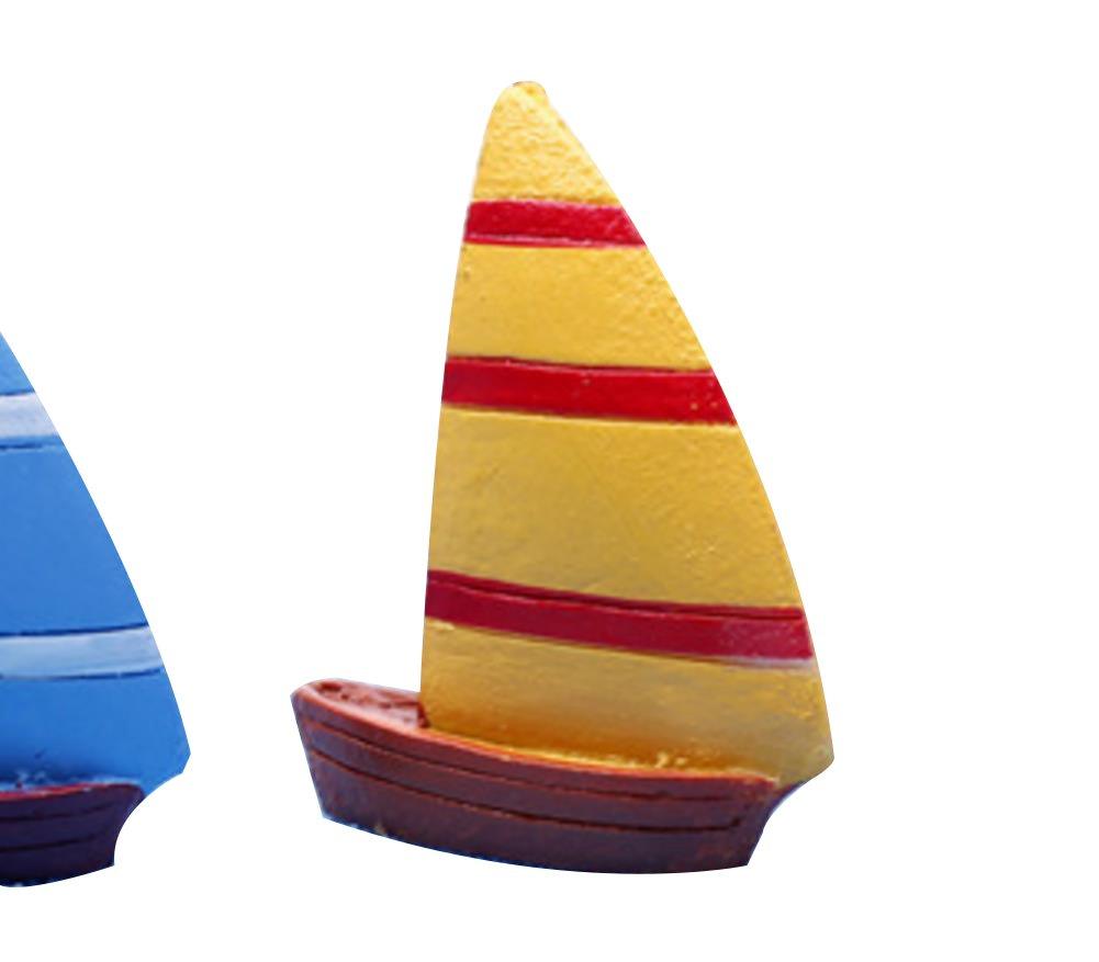 LAMEIDA Miniature Décoration Bonsaï Miniature Bateau à Voile en Résine Moss plantes artificielles Micro Jardin Paysage fait à la main Ornements pour aquarium (jaune-2.5*3cm)
