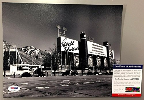 Lavell Edwards Signed Byu Cougars Football Stadium 8x10 Photo Coa Ac73424 - PSA/DNA Certified ()