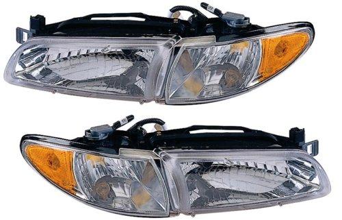 Pontiac Grand Prix 97 - 03 Head Light Lamp With Bulb Pair 16526112 16526111