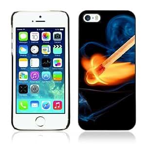 CaseCaptain Carcasa Funda Case - Apple iPhone 5 / 5S / Cool Fire & Match /