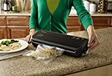 FoodSaver FM2000-FFP Vacuum Sealing System with Starter Bag/Roll Set, Black