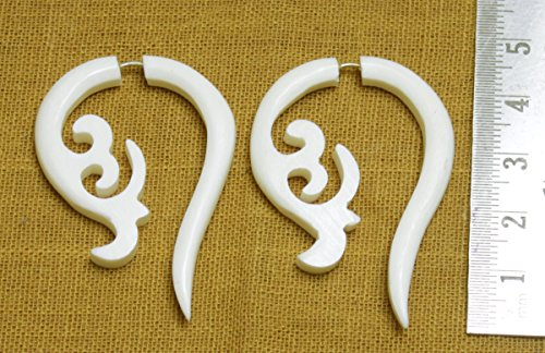 Price comparison product image A Pair of White Natural Tribal Yak Bone Boho Hippie Earrings Sew_208