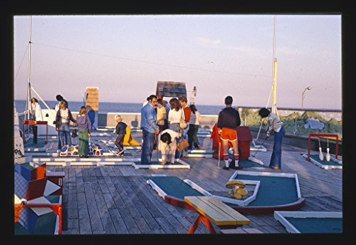 8 x 12 Photo of Rooftop golf and boardwalk, Seaside Heights, New Jersey 1978 Margolies, John (Seaside Golf)
