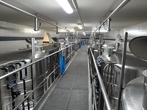 stainless-steel-vinification-tanks-in-the-cellars-of-pol-roger-iapernay