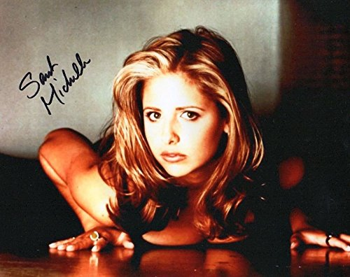 - Photo Sarah Michelle Gellar Signed Autographed 8 x 10