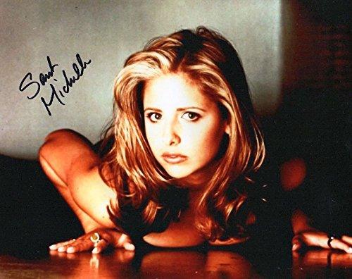 - Photo Sarah Michelle Gellar Signed Autographed 8 x 10