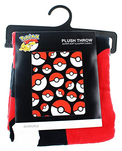 Pokemon-PokeBall-Throw-Blanket