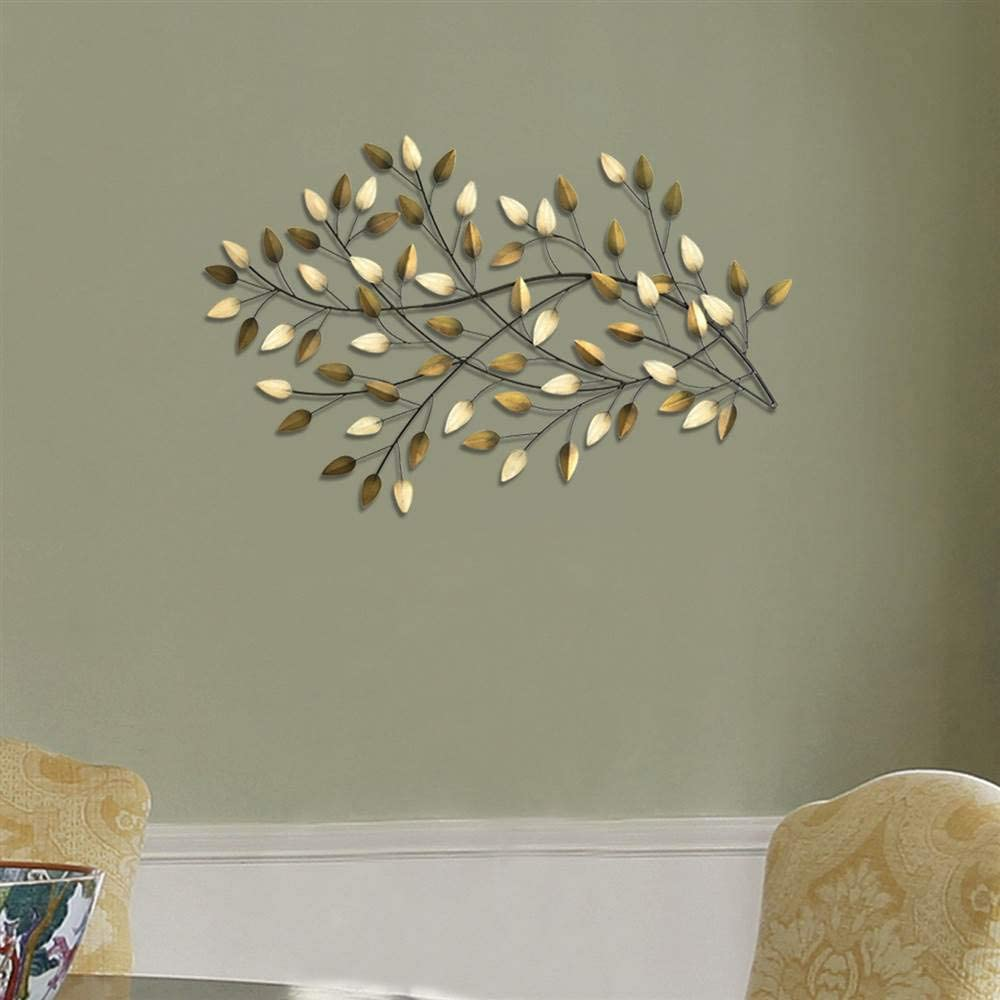 Amazon Com Homeroots Brushed Gold Flowing Leaves Wall Decor Furniture Decor