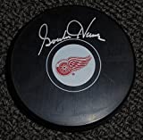 Gordie Howe Puck signed autographed Hockey Puck COA