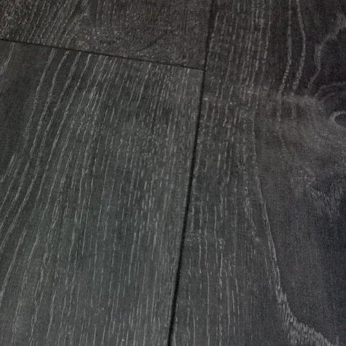 Chene Tokyo Oak Black Grey Laminate Flooring 8mm V Groove 2 13m2