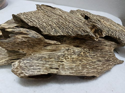 300gr Viet Nam Natural High Oil Agarwood Aloeswood chips - Grade A by vonggohoanggia.com