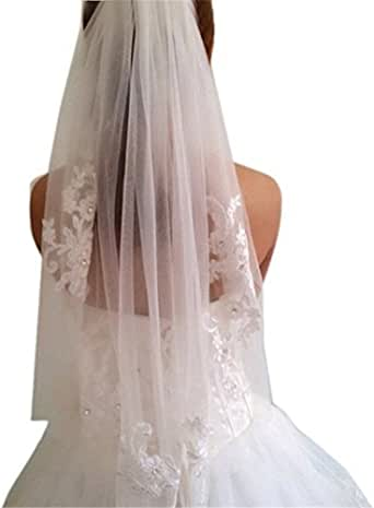 Beiqian 1 Tier Lace Appliques Bridal Veil Beaded Tulle Wedding Veils with Comb