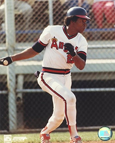 Rod Carew Hitting (ROD CAREW CALIFORNIA ANGELS HITTING UNSIGNED 8X10 PHOTO)