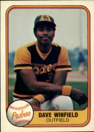 - 1981 Fleer Baseball Card #484 Dave Winfield
